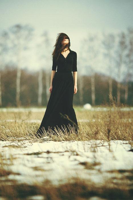 зимой со спины